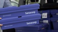 Einfach dem Fahrer mitgeben: Ab dem 1. Juli wird auch ein Rücknahmeverfahren für OTC-Arzneimittel, Medizinprodukte/In-vitro-Diagnostika, Lebensmittel (NEM) und Kosmetika über den pharmazeutischen Großhandel angeboten. (Foto: Sanacorp)