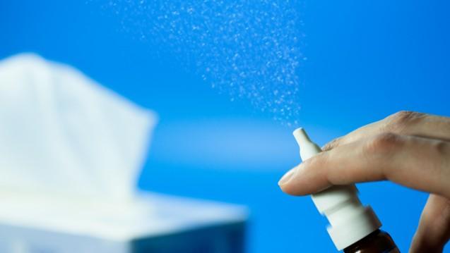 Allergiker, die dauerhaft schweren, allergischen Schnupfen haben, können OTC-Glucocorticoide auf Kassenrezept verordnet bekommen. (m / Foto:Torbz/stock.adobe.com)