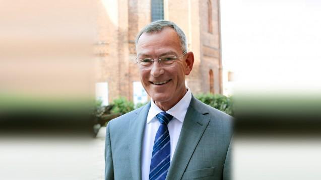 Lutz Tisch, ABDA-Geschäftsführer Recht, war Gast beim diesjährigen Apothekerforum Brandenburg. (c / Foto: Apothekerverband Brandenburg)