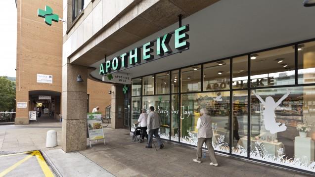 In der Schweiz sind die Apotheker an allen Digitalisierungs-Projekten aktiv beteiligt. (Foto: dpa)