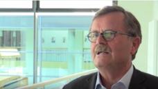 Ärzte-Präsident Montgomery auf youtube: Müssen uns um Flüchtlinge kümmern! (Screen: youtube)