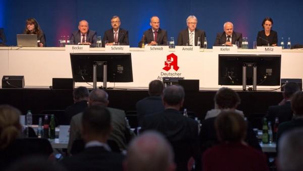 Aufwandsentschädigung für ABDA-Vorstand soll um 23 Prozent steigen