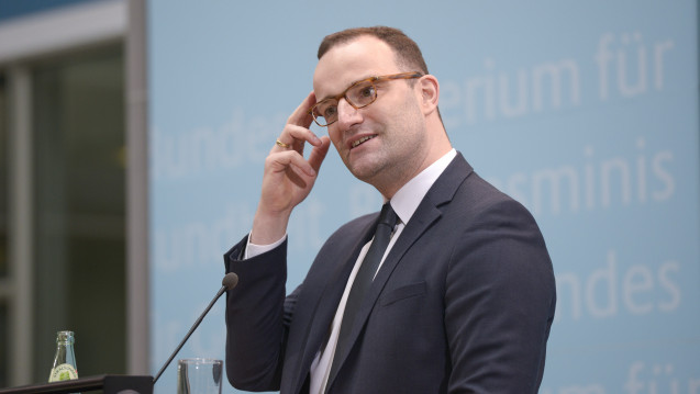 Bundesgesundheitsminister Jens Spahn (CDU) will mit dem TSVG die Wahltarife der Krankenkassen für Homöopathie abschaffen. (Foto: Imago)