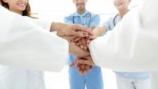 Wie würden Sie die Zusammenarbeit mit dem Arzt / der Ärztin beschreiben, mit dem/der Sie im Arbeitsalltag am meisten zu tun haben? ( r / Foto:FotolEdhar / stock.adobe.com)