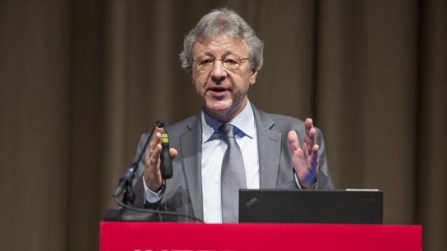 Prof. Andreas Sauerbrei: Herpes zoster persistiert ein Leben lang. (Foto: Schelbert/DAZ)