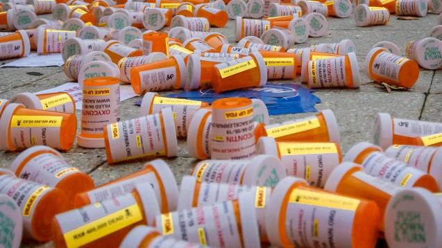 In der US-Opioidkrise stehen nun auch die ersten Apothekenketten im Visier der Ermittler. (Foto: imago images / ZUMA)