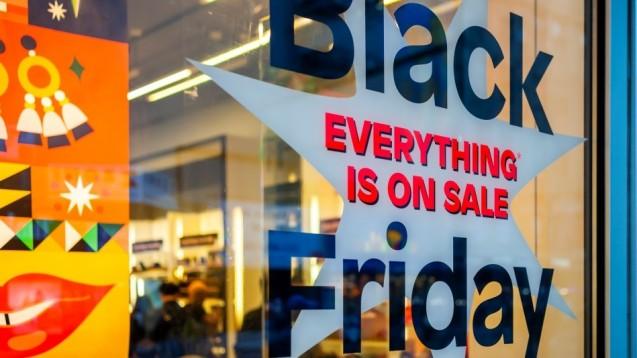 Mit dem Black Friday wird in den USA das Weihnachtsgeschäft eingeläutet. Mittlerweile ist er auch in Deutschland angekommen. ( r / Foto: imago images / Levine-Roberts)