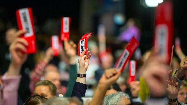 Klare Kante gegen Fremdkapital: Aus Sicht der Linken darf es im Gesundheitswesen keinen Wettbewerb geben, daher fordern sie in ihrem Leitantrag zum Wahlprogramm unter anderem, dass Apothekenketten verhindert werden müssen. (Foto: dpa)