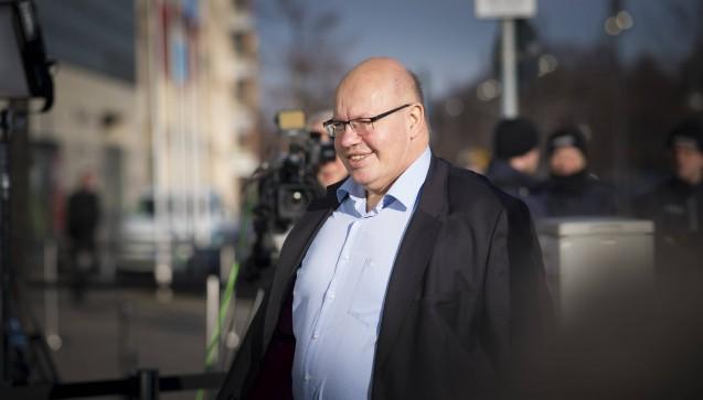 Neuer Wirtschaftsminister wird Peter Altmaier (CDU, 59). Altmaier war bislang Chef des Kanzleramts. In seiner neuen Funktion ist er auch für die Arzneimittelpreisverordnung und somit für das Apothekenhonorar zuständig. (Foto: Imago)