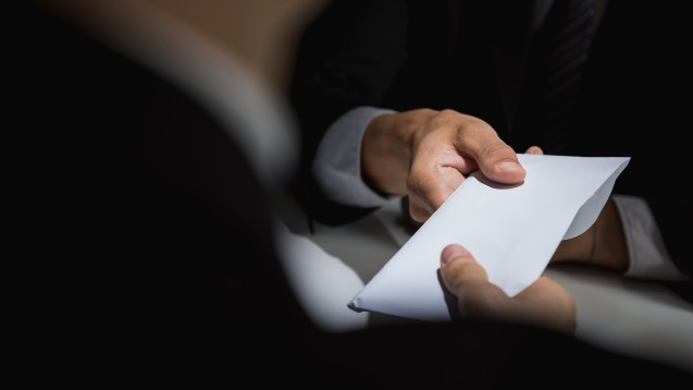 Schwarze Kasse, Luftbuchungen, fingierte Rechnungen –die wirtschaftlichen Schwierigkeiten, die AvP in die Insolvenz trieben, resultieren offenbar aus vorsätzlichen bis kriminellen Handlungen.(Foto:Atstock Productions / stock.adobe.com)