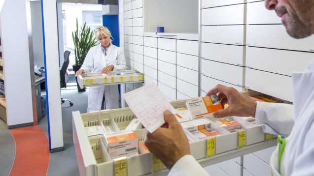 Was gibt es nur mit Rezept, und was gibt es ohne Verordnung? Diese Experten entscheiden über die Verschreibungspflicht. (c / Foto: imago)