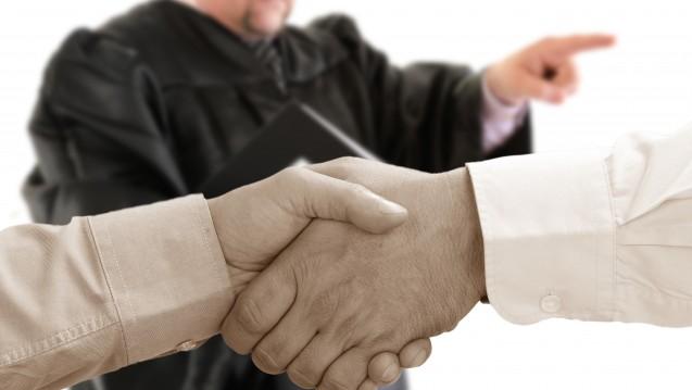 Vor Gericht fanden DAV und GKV-Spitzenverband dann doch zu einer Lösung im Streit um die Zyto-Preise: Sie schlossen einen Vergleich. ( r / Gerhard Seybert/ stock.adobe.com)
