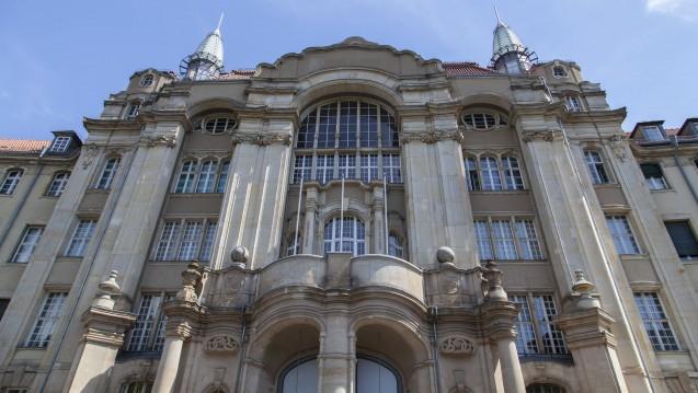 Vor dem Landgericht Berlin fand heute der 24. Prozesstag im Verfahren gegen Ex-ABDA-Sprecher Thomas Bellartz statt. (j/ Foto: Imago)