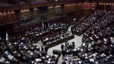 Das italienische Abgeordnetenhaus hat ein Gesetz beschlossen, das die Lockerung der im vergangenen Jahr gestarteten Impfpflicht vorsieht. (c / Foto: Imago)