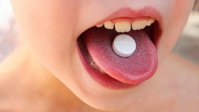 Für Kinder sind Tabletten zum Schlucken häufig zu groß: PUMA fordert kindgerechte Darreichungsformen. (Foto: Victoria М / Fotolia)