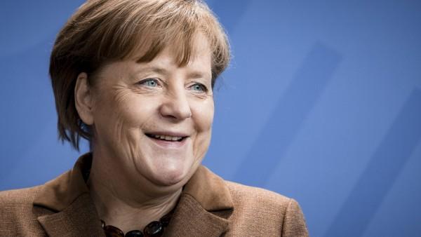 Das sind Merkels neue Minister(innen)