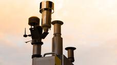 """Klar sei, dass es keine """"ungefährliche Luftverschmutzung"""" gibt, sagte Barbara Hoffmann vom Institut für Arbeits-, Sozial- und Umweltmedizin der Universität Düsseldorf. (c / Foto: TOPIC / AdobeStock)"""