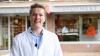 Benedikt Bühler und seine Rx-Versandverbots-Petition erhalten viel Aufmerksamkeit und Untersützung. Rechtlich untermauern kann der Pharmaziestudent seine Forderung nun auch mit einer taufrischen Dissertation der Juristin Christiana Bauer.