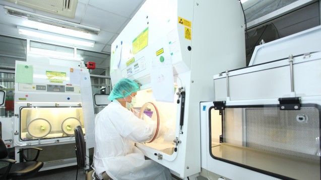 In den USA erschwert der Lieferengpass für steriles Wasser Krankenhausapothekern ihre tägliche Arbeit. (Foto: Tawesit/adobe.stock.com)