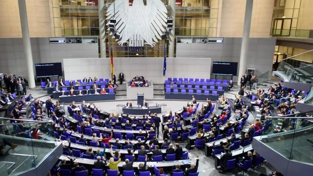 Der Bundestag hat am heutigen Donnerstagnachmittag einige Neuregelungen zur Vermeidung von Arzneimittel-Lieferengpässen beschlossen. (Foto: imago images / Spicker)