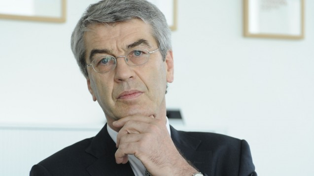 Neue Aufgaben: Ex-Celesio-Chef Dr. Fritz Oesterle ist seit November 2016 einzelvertretungsberechtigter Vorstand eines Unternehmens, das zu den Gesellschaftern des Pharmagroßhändlers AEP zählt. (Foto: dpa)