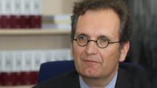 Europa ist eine grüne Wiese: Zur Rose-Chef Walter Oberhänsli will sowohl im Rx- als auch im OTC-Bereich schnell wachsen in Deutschland. (Foto: Sket)