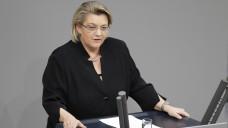 Durch Verankerung des Begriffs Pflege im Namen des Gesundheitsministeriums will Kordula Schulz-Asche dem Thema einen höheren Stellenwert einräumen (Foto: imago)