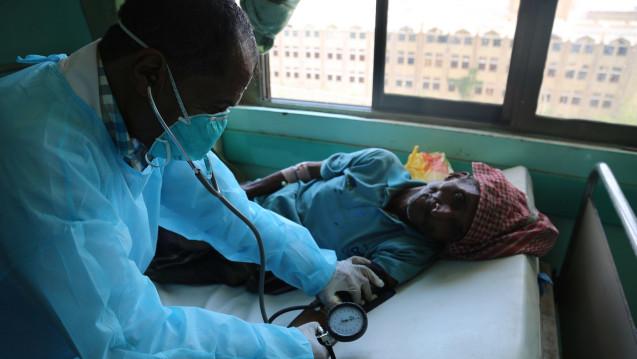 In der von den Rebellen gehaltenen jemenitischen Hauptstadt Sanaa wurde wegen der Cholera-Epidemie der Notstand ausgerufen. (Foto: dpa)