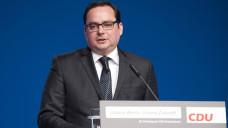 Thomas Kufen (CDU), Oberbürgermeister der Stadt Essen, findet, dass die Leistungen und Beratungen der Apotheker nicht durch das Internet ersetzbar sind. (Foto: Imago)