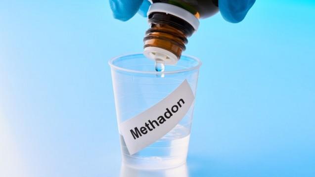 Das BMG will unter anderem die Möglichkeit schaffen, dass Substitutionspatienten durch den Botendienst der Apotheke zu Hause mit ihren benötigten Arzneimitteln versorgt werden können. (t/Foto:M.Rode-Foto / stock.adobe)