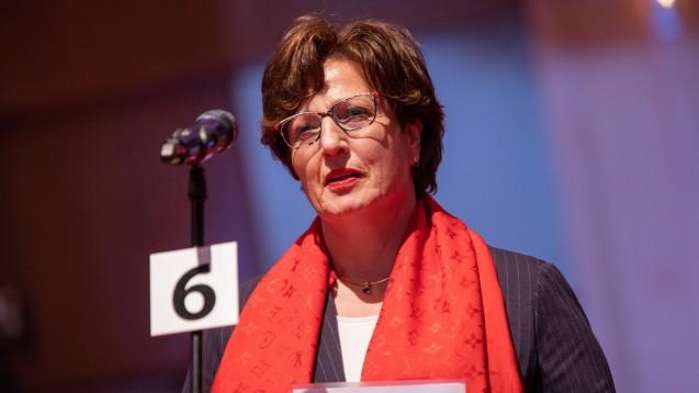 Hessens Kammerpräsidentin Ursula Funke fordert von Bundesgesundheitsminister Jens Spahn (CDU) ein schnelles Handeln im Versandhandelskonflikt. (s / Foto: Schelbert)