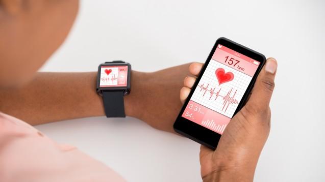 Immer mehr Gesundheitsdaten werden kontinuierlich erfasst. Nun soll das BfArM zum Ansprechpartner für App-Entwickler werden. (Foto: Fotolia / Andrey Popov)