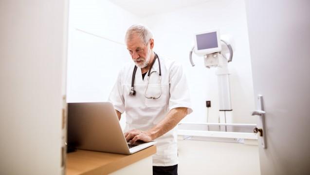 Laut einer DAK-Studie finden 80 Prozent der Ärzte, dass Videosprechstunden nützlich sind. (Foto: Imago)