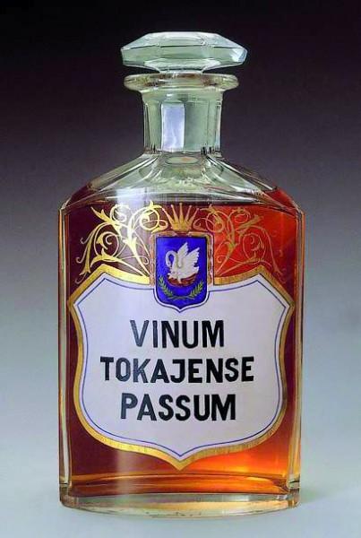D0410_bei_cae_flasche vinu.jpg