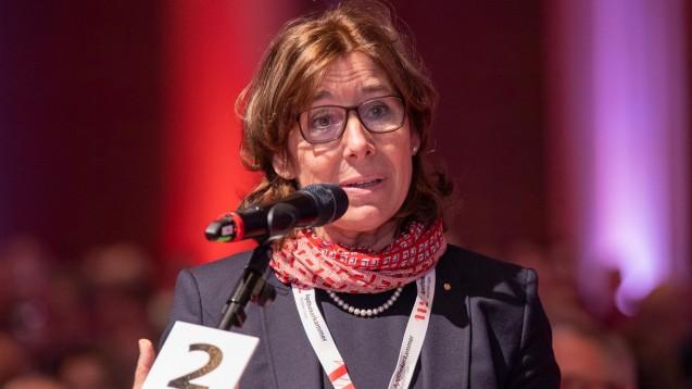 Gabriele Regina Overwiening (hier bei der Expopharm 2019), Präsidentin der AKWL, hat am heutigen Montag in Berlin verkündet, dass sie ABDA-Präsidentin werden will. (Foto: Schelbert)