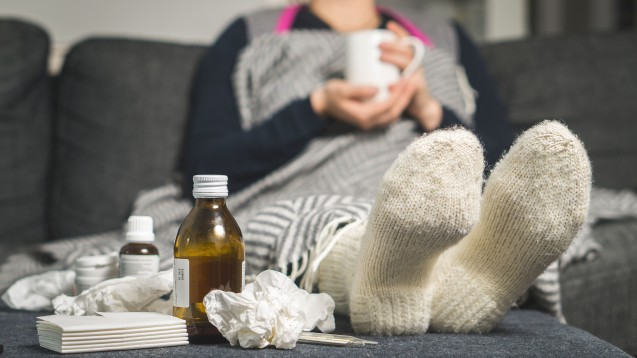 Derzeit ist die Grippeaktivität laut RKI noch niedrig. ( r / Foto: terovesalainen / stock.adobe,com)