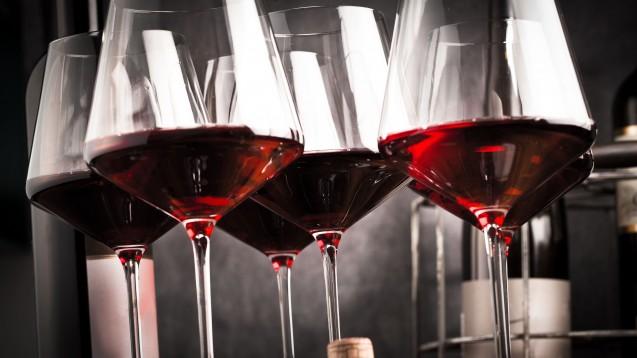 Dürfen Rheumapatienten mit Methotrexat-Behandlung Wein trinken? (Foto: karepa / stock.adobe.com)