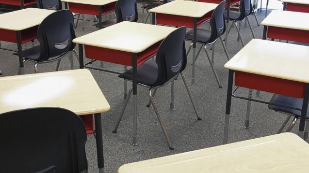 Eine PTA-Schule in Baesweiler bei Aachen (hier ein Symbolfoto) musste schließen, weil sich ein Schüler mit dem Coronavirus infiziert hat. (m / Foto: imago images / MINT)