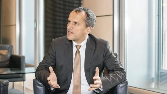 Keinen Änderungsbedarf: Aus Sicht von CDU-Politiker Michael Hennrich sollten homöopathische Präparate weiterhin nur in Apotheken verkauft werden dürfen. (Foto: Külker)