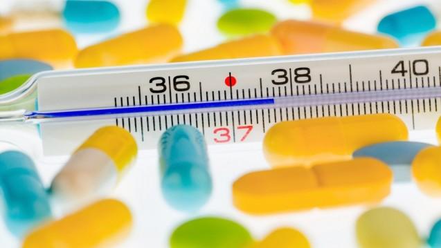Der Umsatz mit Arzneimitteln im Pharma-Gesamtmarkt verbucht im ersten Monat des Jahres einen Rückgang nach Wert und Menge (Umsatz: -1 Prozent, Absatz; - 3 Prozent). (Foto: Gina Sanders / Fotolia)