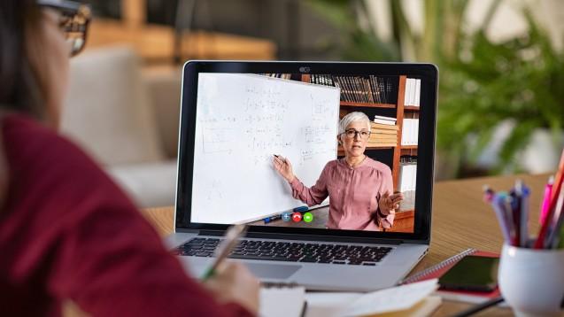 Studieren in Zeiten von COVID-19: Mit Online-Vorlesungen alleine, werden leider nicht alle Probleme gelöst. (Foto: Rido / stock.adobe.com)