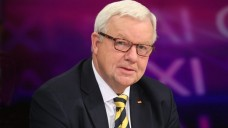 Für den Rx-Versand: Der einzige Apotheker im Bundestag, Michael Fuchs (CDU), hat sich dafür ausgesprochen, den Rx-Versandhandel zu erhalten. (Foto: dpa)