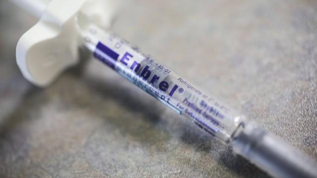 Einige Krankenkassen haben Rabattverträge mit dem Arzneimittelhändler NMG Pharma, der wiederum Beziehungen zum umstrittenen Händler Lunapharm unterhielt. DAZ.online hat das Vertriebssystem analysiert. (b / Foto: Imago)