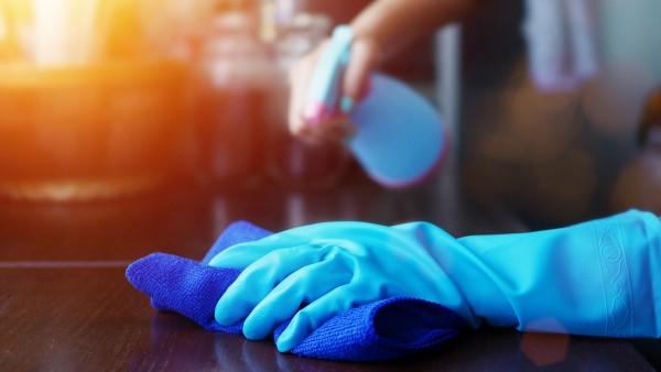 Neue Befugnisse für die Herstellung von Flächendesinfektionsmitteln
