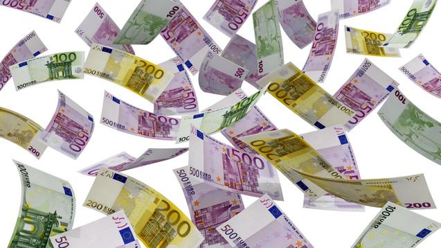 Ab Januar 2016: Zwar kein Geldregen, aber ein wenig mehr Gehalt für PhiP. (Foto: VOUMEDIA- Fotolia.com)