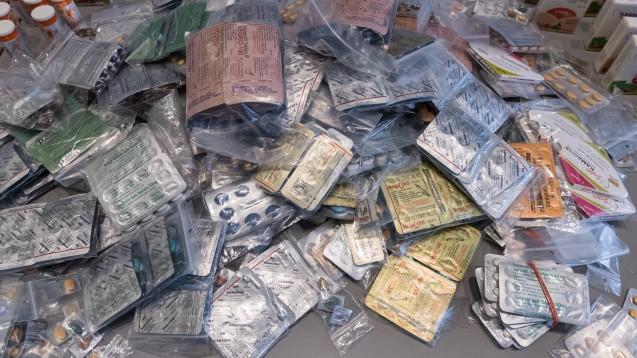 In Kooperation mit den indischen Behörden hat die US-Arzneimittelbehörde FDA zahlreiche illegale Arzneimittel konfisziert. (c / Symbolfoto: imago images / photothek)