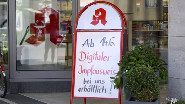Digitaler Impfnachweis: Spahn will Apotheken-Vergütung senken
