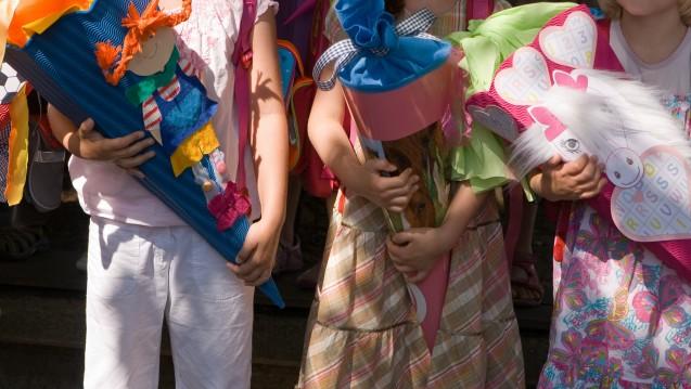 Das Robert Koch-Institut berichtet über die neuen Zahlen zu den Impfquoten bei den Schuleingangsuntersuchungen. Doch nicht nur Kinder sollten ihren Impfschutz checken. (Foto: Blacky / stock.adobe.com)
