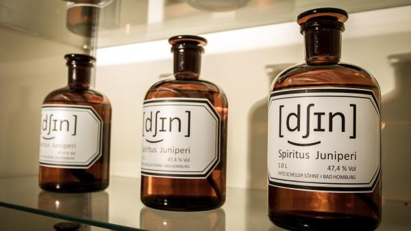 Apotheker Dry Gin – eine wiederentdeckte Spezialität aus der Offizin