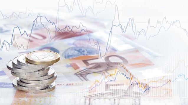 """""""Focus Money""""-Analysten zufolge lohnt es sich in EU-Versandapotheken zu investieren. (j /Foto:v.poth / stock.adobe)"""
